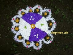 Best Collection of Diwali Rangoli Designs 2019 Diwali is celebrated all around India in a unique way But the core emotions remain the same. and One of the same things is Rangoli. Everyone from India is findi Happy Diwali Rangoli, Diya Rangoli, New Year Rangoli, Flower Rangoli, Diya Designs, Rangoli Designs Images, Rangoli Designs Diwali, Beautiful Rangoli Designs, Onam Festival