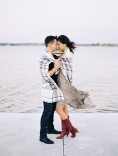 Fall outdoor engagement photos couple standing by lake wrapped in a blanket - Photo by Joshua Aull Photography East Coast Style, Outdoor Engagement Photos, Russian Wedding, Engagement Photography, Wedding Day, Couple Photos, Couples, Blanket, Fall