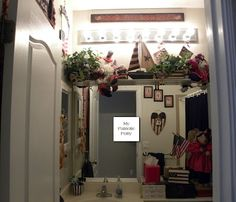 Americana Theme Decor Year Round ... The Bathroom Is A Small Room That You