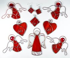 Tiffany stained glass #KamillaArt #homedecor #stainedglass #handmadejewelry #angels #suncatchers #lovedecor #redheart #redmood