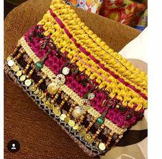 Crochet Pouch, Diy Crochet, Crochet Handbags, Crochet Purses, Crochet Rings, Handbag Patterns, Boho Bags, Knitting Accessories, Knitted Bags