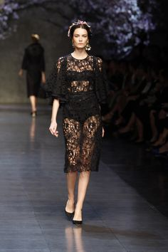 Dolce & Gabbana Woman Catwalk Photo Gallery – Fashion Show Summer 2014