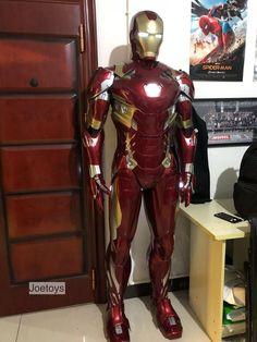 Iron Man Statue Printed Iron Man / Full Body Armors for Display Only - - Iron Man Helmet, Iron Man Suit, Iron Man Armor, Real Iron Man, Iron Men 1, Iron Man Cosplay, Cosplay Armor, Batman Cosplay, Man Full Body