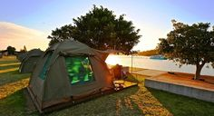 Camping cockatoo island,