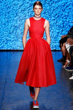 DKNY Spring 2015. See the best runway looks from #NYFW here.