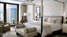 Calming shades of neutral and creams at The Langham, #Chicago