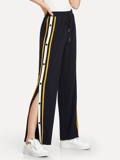 SHEIN offers Snap Button Stripe Side Wide Leg Pants & more to fit your fashionable needs. Teen Fashion Outfits, Sporty Outfits, Trendy Outfits, Kids Outfits, Girl Fashion, Summer Outfits, Preteen Girls Fashion, Fashion Black, Fashion Ideas