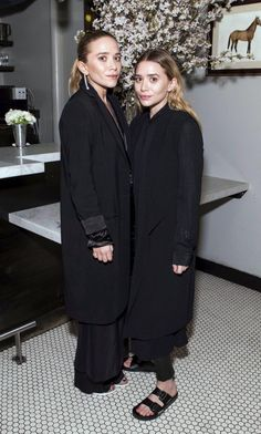 OLSENS ANONYMOUS MARY KATE ASHLEY THE ROW AND BARNEYS DINNER IN SAN FRANCISCO ALL BLACK LOOKS 2014 MINIMAL CLEAN ALL BLACK ON BLACK LOOKS LONG DUSTER COATS JACKETS LAYERED SHIRT DRESS MAXI SKIRT OVER PANTS SLIP ON BIRKENSTOCK SANDALS LONG WAVY HAIR DROP EARRINGS FASHION STYLE BLOG photo OLSENSANONYMOUSMARYKATEASHLEYTHEROWANDBARNEYSDINNERINSANFRANCISCOALLBLACKLOOKS2014.jpg