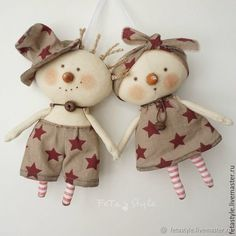 Simple Fabric Crafts You Can Make From Scraps - Diy Crafts Christmas Sewing, Primitive Christmas, Felt Ornaments, Christmas Ornaments, Tilda Toy, Theme Noel, Sewing Dolls, Soft Dolls, Doll Crafts