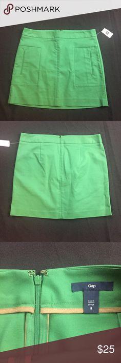 "Gap NWT size 8 stretch green shirt waist: 17"" hips: 20"" length: 16.5"" GAP Skirts A-Line or Full"