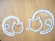 Lace Art, Bobbin Lace Patterns, Lacemaking, Tatting Lace, Cat Crafts, Punch Needle, Lace Design, Embroidery, Knitting