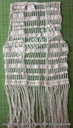 Menina Lili Croche: Colete de Crochê com franjas