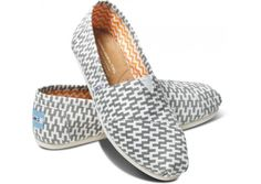 Website For Discount Toms Shoes outlet! Only $12, Press picture link get it immediately!not long time for cheapest