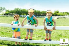Playful Images Show Song Triplets Playing Under the Sun Cute Asian Babies, Korean Babies, Cute Babies, Song Il Gook, Triplet Babies, Superman Kids, Man Se, Song Triplets, Song Daehan