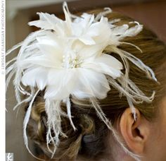 Feather wedding hairpiece, want something like this