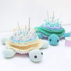 These turtles are amazingly gorgeous and unique! They truly stand out anywherein the house! This Tina Turtle Pincushion by Ina Rho is purely art, uniquely creative and useful idea. These turtle crochet pincushion is so easy to be done and won't take much of your precious time.   ——————————————— The turtle measures approx. 15 …