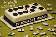 Una de las fichas del juego del Domino ha crecido repentinamente! Bithday Cake, 40th Birthday Cakes, Dad Birthday, Happy Birthday, Fondant Cake Designs, Fondant Cakes, Buttercream Fondant, Celebration Cakes, Dad Cake
