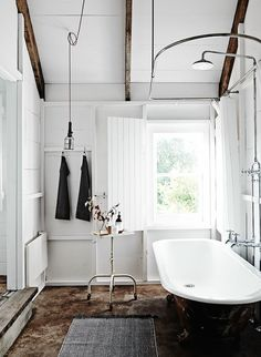 Most Design Ideas Modern Farmhouse Bathroom Decor Pictures, And Inspiration – Modern House Bad Inspiration, Decoration Inspiration, Bathroom Inspiration, Interior Inspiration, Bathroom Ideas, Bathroom Designs, Bathroom Goals, Bathroom Remodeling, Decor Ideas