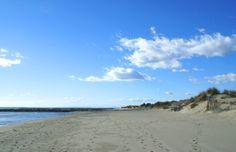 Si vous êtes adeptes de tranquillité profitez du calme de la plage de l'Espiguette Le Gard, Pont Du Gard, Port Camargue, France, Beach, Water, Outdoor, Beaches, Calm