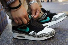 Atmos Elephant print Air Max 1 Nike #sneakers