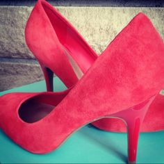 Coral suede pumps for my spring wardrobe