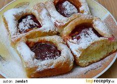 Vohrnoušky II - se švestkami a pudingem recept - TopRecepty. Scones, Waffles, Biscuits, French Toast, Treats, Breakfast, Sweet, Food, Crack Crackers
