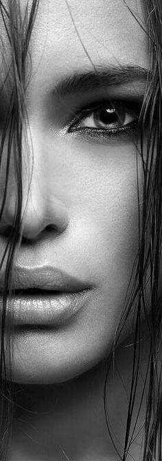 46 Ideas Eye Black And White Boudoir Photography Black And White Portraits, Black White Photos, Black And White Photography, Black And White Face, Foto Portrait, Female Portrait, Trendy Tattoos, Girl Tattoos, Girl Face