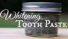 Want to brighten up those pearly whites without coating them in nasty chemicals? This homemade whitening toothpaste recipe is completely natural and so easy to make! | areturntosimplicity.com