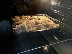 Sütőben sült hagymás krumpli sok sajttal: krémes és pikáns recept lépés 9 foto Grains, Rice, Recipes, Food, Recipies, Essen, Meals, Ripped Recipes, Seeds