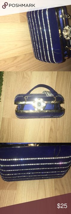 Women brand new hand bag :brand new  :fashionable  :perfect for all occasions prezzo Bags Totes