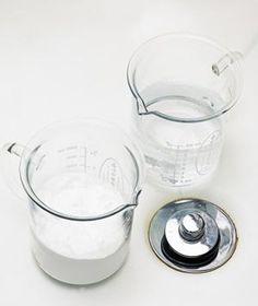 Use bicarbonato de sodio para desatascar un desagüe