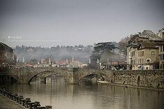 Villefranche-de-Rouergue, France & the Aveyron River    Google Image Result for http://img.over-blog.com/500x333/0/39/91/92/Photo-Aveyron/Brume---Villefranche-de-Rouergue.jpg