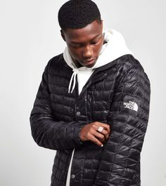 The North Face Denali Thermoball Jacket - find out more on our site. Find the freshest in trainers and clothing online now.  200$