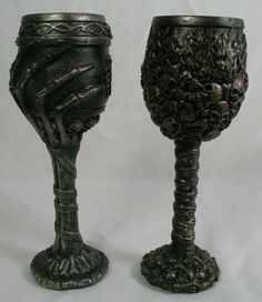 SKULL & SKELETON GOBLET PAIR Wine Glass Cup Mug Resin NEW Halloween Gothic Bones