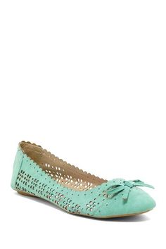 Mint cut out flats