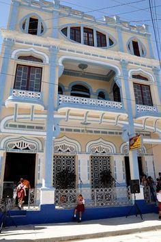 MARAVILLOSO COLEGIO CUBA
