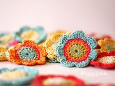 Nice flowers, free pattern / crochet