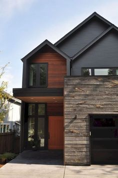 Modern House Colors with Brown Roof. 20 Modern House Colors with Brown Roof. Fresh Color Palettes for A Brown Roof Lp Smartside Exterior House Siding, Exterior Paint Colors For House, Exterior Cladding, Paint Colors For Home, Facade House, Wood Cladding, Paint Colours, Exterior Colors, Siding Colors