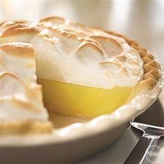 This recipe for homemade Lemon Meringue Pie is an easy,  classic dessert for your Easter brunch! Crisco Recipes, Lemon Recipes, Pie Recipes, Dessert Recipes, Pillsbury Recipes, Amish Recipes, Pudding Recipes, Lemon Desserts, Puddings