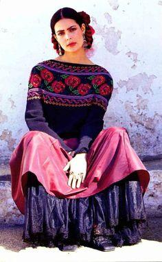 Пуловер с розами | Шкатулочка для рукодельниц