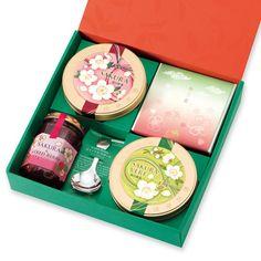 桜の緑茶&紅茶とスイーツ「あけぼの」