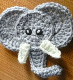 Elephant Applique Crochet Pattern from hookinghousewives.com