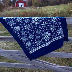 Misschien niet meer haalbaar voor Kerst, maar zeker ook mooi voor de rest van de winter, deze prachtige sneeuwkristallen-deken! ...