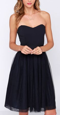 Sweetheart navy tulle dress