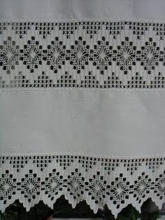 Agulhas Soltas - Artesanato em Geral: Cortina em Linho com Entremeio e Barra em Crochet
