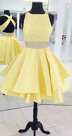 Round Neck Yellow Homecoming Dress Women Beading Short Prom Dress