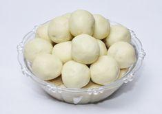 panchadara cova laddu, sugar with cova laddu, making sweet cova with sugar, chekkara cova laddu in telugu Indian Desserts, Food Festival, Low Calories, Sweets, Sugar, Vegetables, Breakfast, Recipes, Morning Coffee