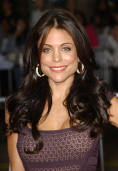 Bethenny Frankel~~She had a dream and reached for the sky and continues to dream and attain.That is a courageous woman~~I really admire her! You go girl! Bethenny Frankel, New York Girls, You Go Girl, Who Runs The World, Skinny Girls, Real Housewives, Natural Skin Care, Love Her, Girl Fashion
