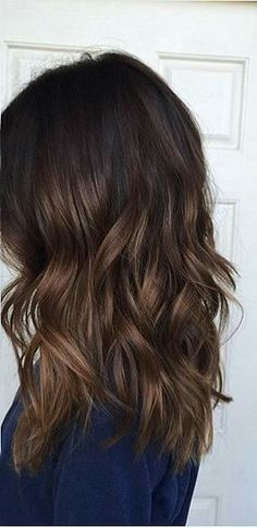 Are you looking for dark winter hair color for blondes balayage brunettes? See our collection full of dark winter hair color for blondes balayage brunettes and get inspired! Onbre Hair, New Hair, Curls Hair, Blonde Hair, Loose Curls, Natural Hair Styles, Long Hair Styles, Bun Styles, Hair Color And Cut