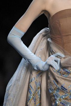 CHRISTIAN DIOR SPRING 2011 HAUTE COUTURE DETAILS 034